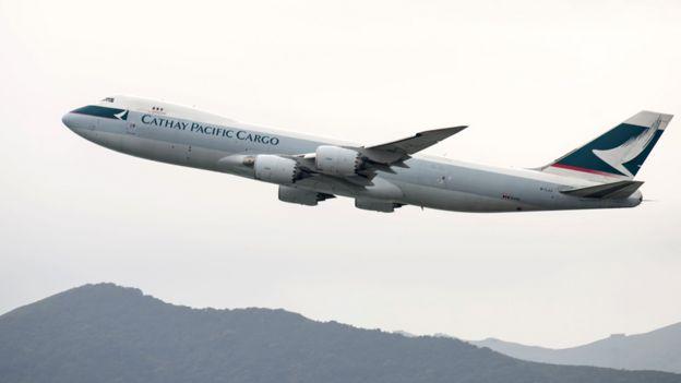 一架國泰波音747-8貨機從香港機場起飛(15/3/2017)
