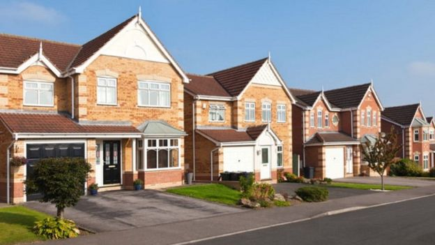 Wisley Airfield homes