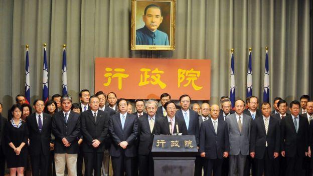 Gabinete em 2013