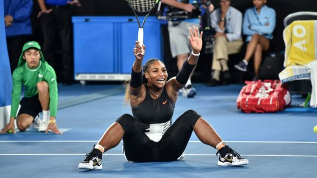 Serena Williams durante la final en el Abierto de Australia.
