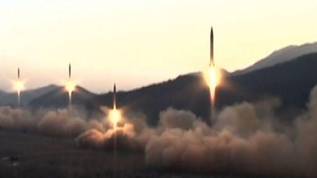 朝鲜官方媒体播放导弹发射的画面。