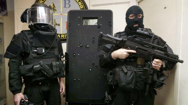 French police commandos of the Search and Intervention Brigade (BRI - Brigade de recherche et d