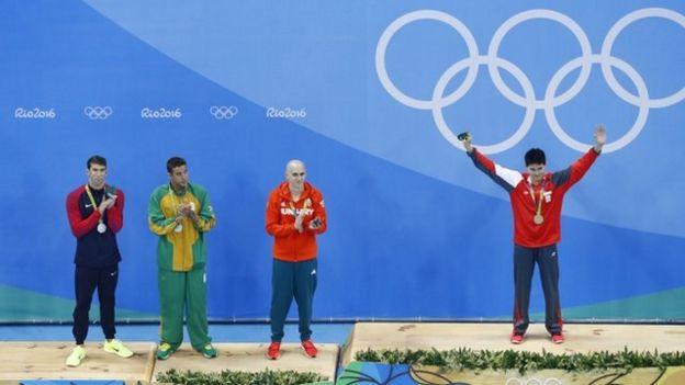 La de Schooling es la primera medalla de oro para Singapur.