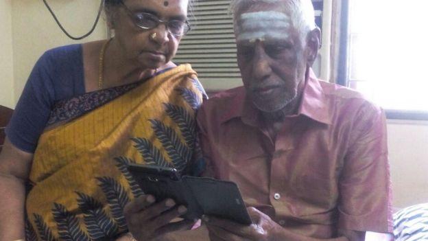 ரகுராமன் மற்றும் அவரது மனைவி சுலோச்சனா