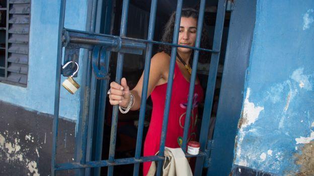 Milena Curado em presídio de Goiás Velho, GO