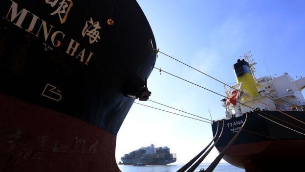 Abertura a importações nos anos 1990 contribuiu para abalar a indústria