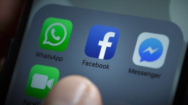 Facebook en el teléfono