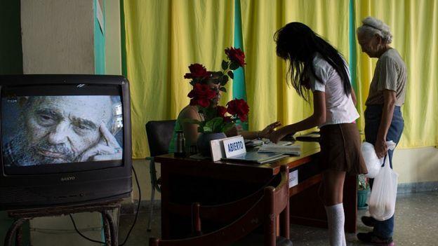 Cuba declara 9 días de duelo por fallecimiento de Fidel