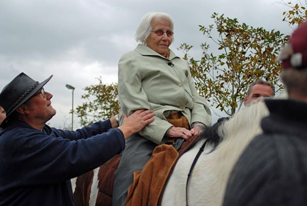 The 101-year-old whose last wish was to go riding one more time