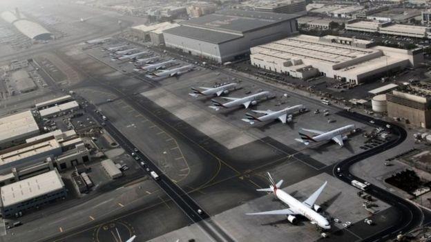 由迪拜轉機前往美國的乘客會受到禁令的影響。