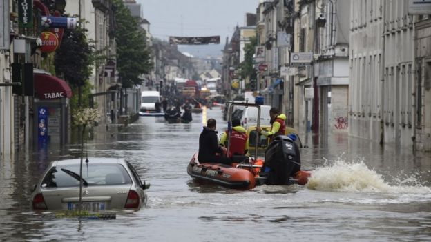 Rescue workers in Nemours, south of Paris, 1 June