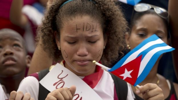 School girl cries in Fidel Castro's funeral cortege