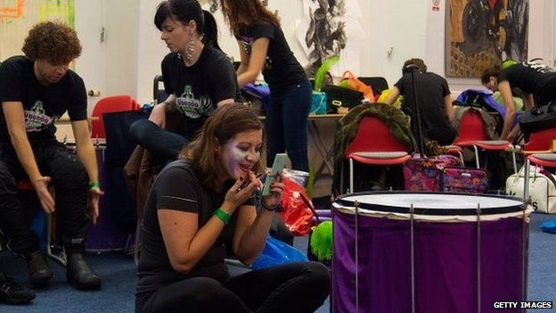 Behind the scenes at the London School of Samba