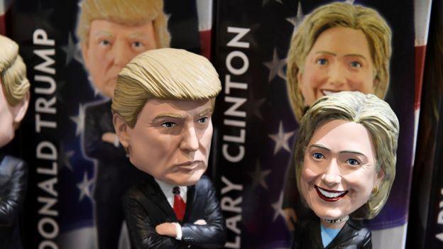 Bonecos de Trump e Hillary