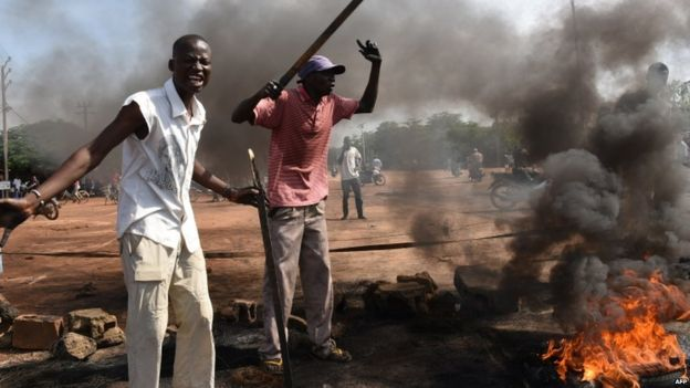 Protests in Burkina Faso against a proposal to end a coup from Ecowas