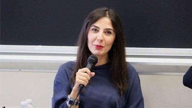 شیدا محمدی در دانشگاه جنوب کالیفرنیا شاعر میهمان است