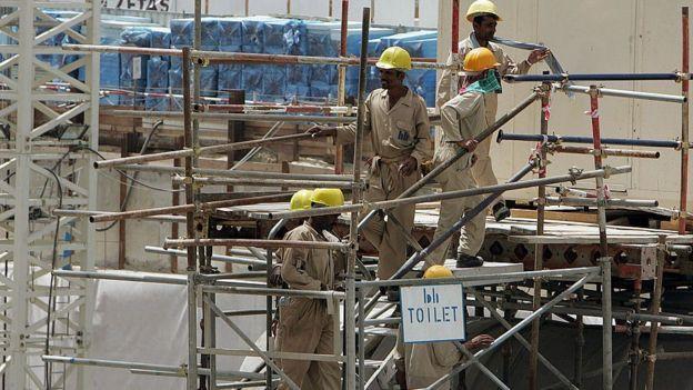 Trabajadores en una construcción en Dubai