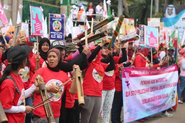 demo buruh perempuan