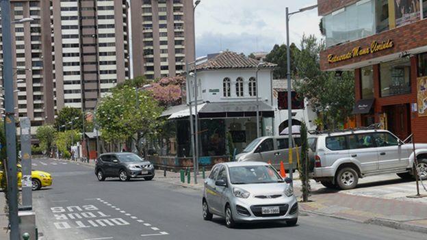 Autos en La Mariscal