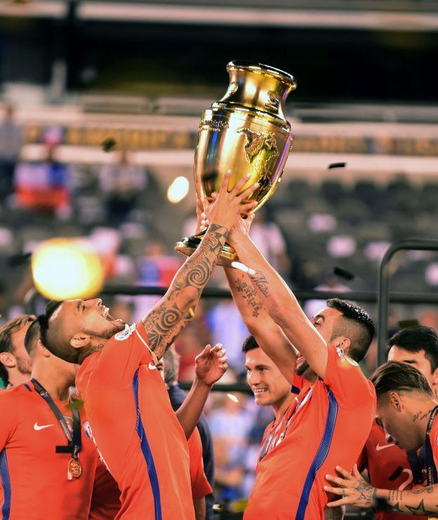 Chile levanta el trofeo de la Copa América