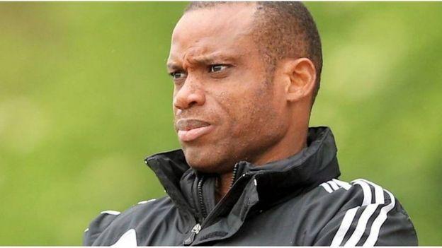 Hollande: Sunday Oliseh nommé entraîneur d'un club néerlandais de D2