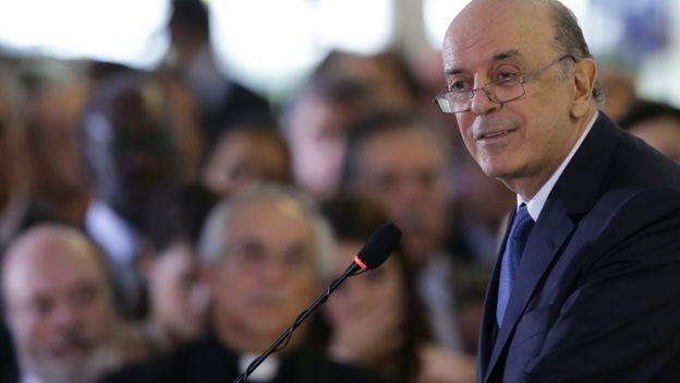 José Serra durante discurso