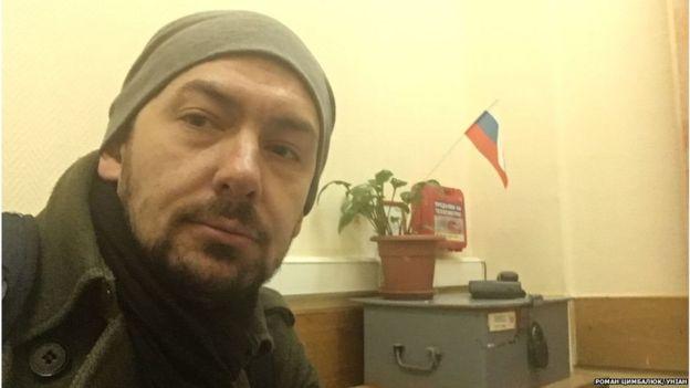 Затриманого в Москві журналіста звільнили завдяки консулам