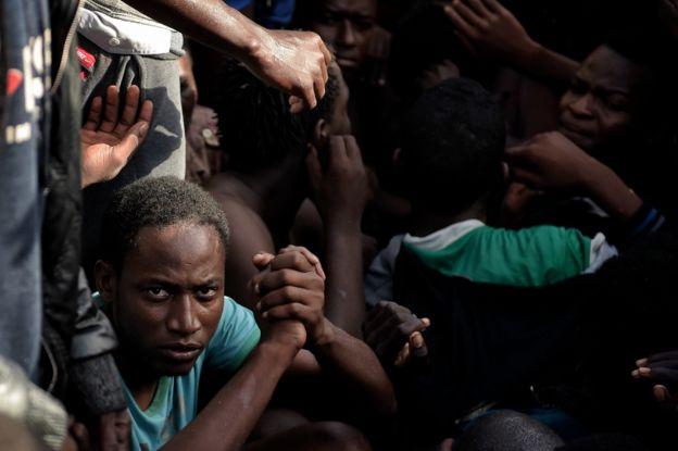 Un inmigrante rescatado