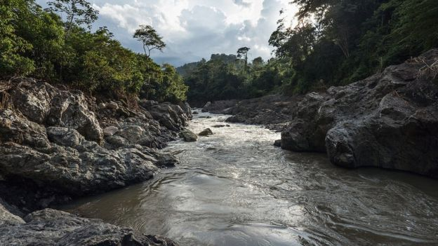 El río Gualcarque es sagrado para las comunidades indígenas y es el lugar del controvertido proyecto Agua Zarca.