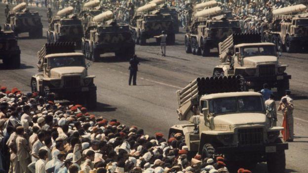 استعراض عسكري للجيش المصري