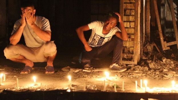 People light candles at scene of Karrada blast, to remember victims