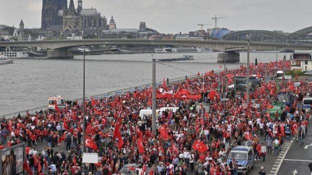 Almanya'daki darbe karşıtı gösteri