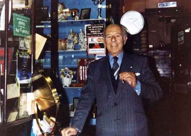 Maurice Isaacs