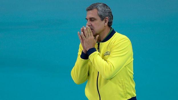 Brezilya voleybol takımının antrenörü José Roberto Guimarães