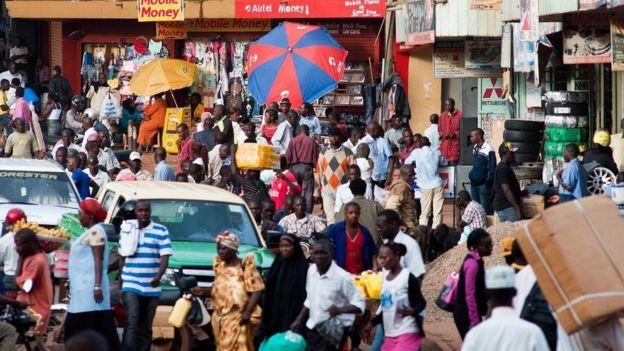 Una calle en Kampala