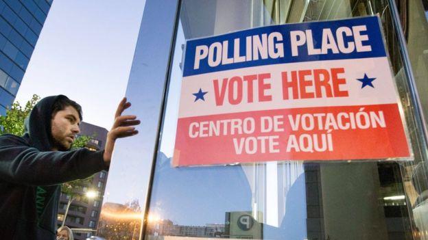 بدأ الناخبون الادلاء باصواتهم