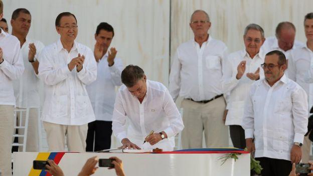 O que promete o acordo de paz na Colômbia?