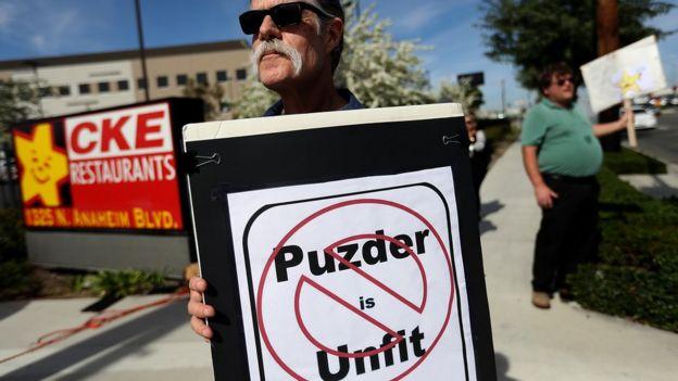 Protesta contra Puzder.