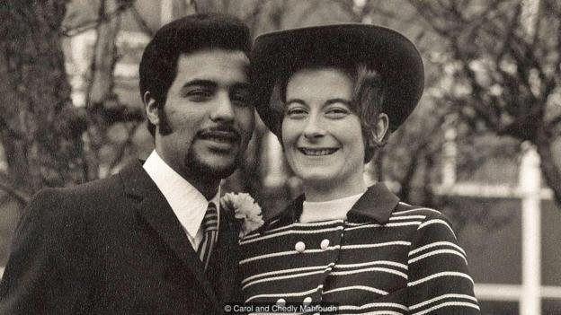 Carol və Chedly Məhfud (1971-ci il). Onlar dil və mədəniyyət sədlərinə baxmayaraq münasibət qura bilmiş çoxsaylı cütlərdən biridir