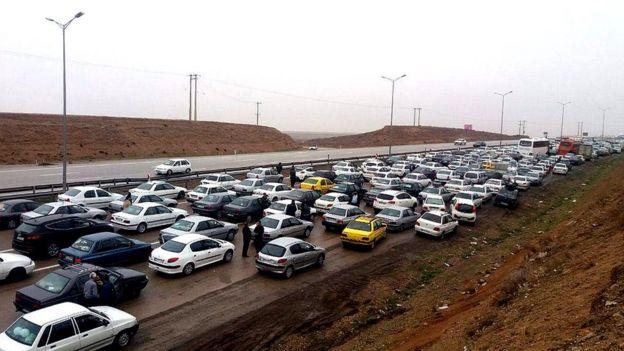 تصادف زنجیرهای دهها اتومبیل در خراسان رضوی