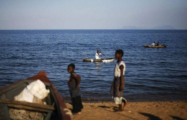 Msukosuko uliibuka mwaka 2011 wakati Malawi ilianza shughuli za kutafuta mafuta kwenye ziwa hilo.