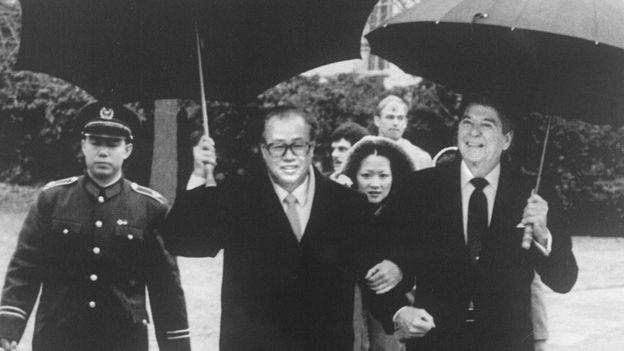 中国总理赵紫阳与美国总统列根