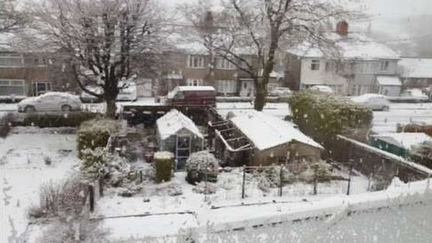 Snow in Buxton, Derbyshire