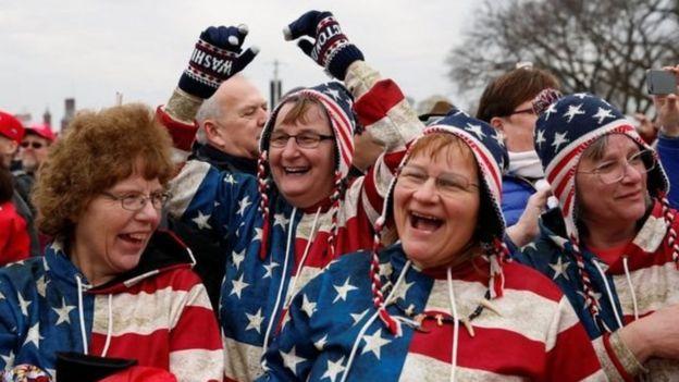 聚集在國家廣場的特朗普支持者