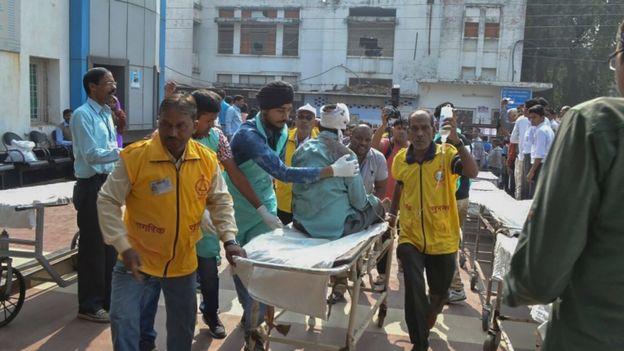 Injured people in Kanpur, 20 Nov