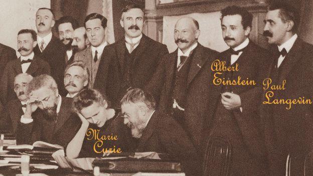 Científicos en conferencia de Física en Bruselas 1911