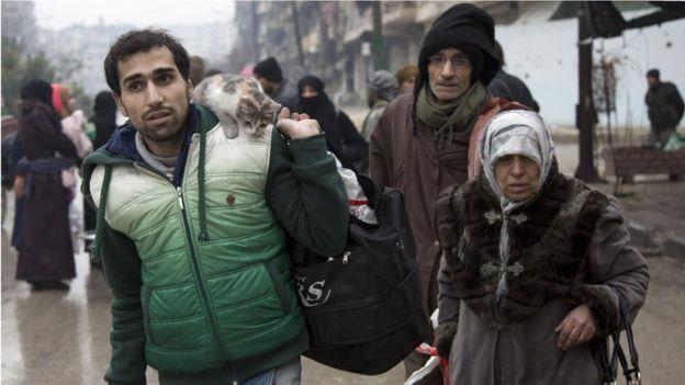 Durante los últimos cuatro años Alepo ha estado dividida en dos, con el gobierno controlando en el oeste y los rebeldes en el este.