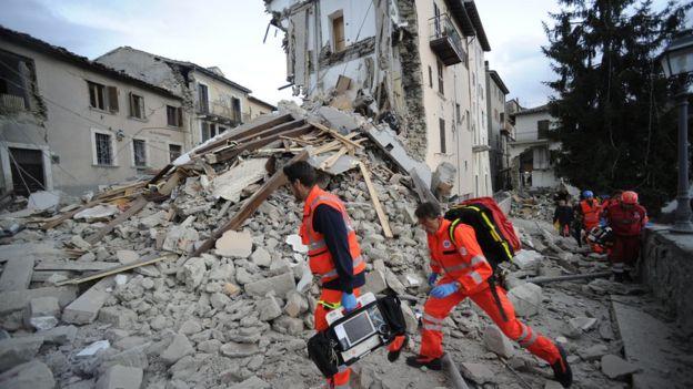 Arama kurtarma ekipleri