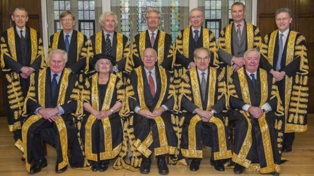 İngiltere Yüksek mahkemesi yargıçları