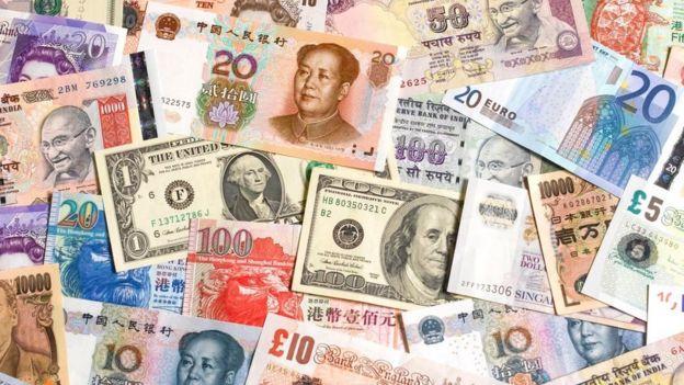 Billetes de varios países